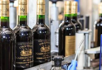 Mise en bouteille au Château de Maison Noble